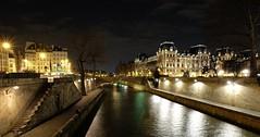 """Le """"trente-six"""" en tenue de soirée (Thierry.Vaye) Tags: paris perspective quai lanuit laseine letrentesix"""