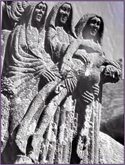 Les trois Marie de pit - Brasparts (lewshima) Tags: bretagne passion piet brasparts lechrist