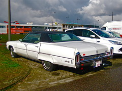 1973 OLDSMOBILE 98 Regency 4-door Hardtop (ClassicsOnTheStreet) Tags: classic car gm 98 70s vehicle oldtimer streetphoto spotted mitchell 1970s veteran 1973 limousine v8 antwerpen regency streetview oldsmobile slee straatbeeld strassenszene ninetyeight 2016 klassieker billmitchell gespot uscar noorderlaan 8cylinder straatfoto carspot 4doorhardtop 8cilinder vinyldak classicsonthestreet 1byu089