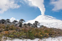 Volcn Villarrica Otoal (Patricio Jimnez Barros) Tags: chile otoo villarrica volcanvillarrica parquenacionalvillarrica