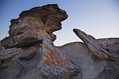Boulders (daniel_hinrichsen) Tags: park color nature rock nebraska rocks colorful state dusk formation lichen prehistoric formations bolders
