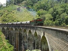9 arches bridges (Batillosk) Tags: train ella srilanka brigde 9archesbridge