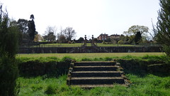 Mount Ephraim Gardens Ha-Ha (tedesco57) Tags: lake fountain gardens garden japanese topiary mount maze bulbs haha ephraim miz cedars