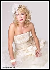 tollas fejdisz julia carina design (JÚLIA CARINA DESIGN) Tags: egyedi kézzel készült kiegészitők fejdísz kalap esküvő fehér fashion juliacarinadesign wedding bride bridal wear woman lady fascinator white handmade individual hairpeace hat veil menyasszonyi esküvői menyaszony fátyol fejdisz julia carina design kézzelkészült budapest madeinhungary menyasszony dekor hajdísz pin up carneval collector jewellery accessories burlesque horseracing artbalance esküvőstylist esküvődekoratőr esküvőikiegészítők women kiegészitő üzlet