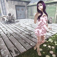 These boots are made for walkin' (omgzitsmacie09) Tags: olive secondlife reign kibitz secondlifefashion bangposes secondlifenewreleases
