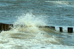 Breaking waves (clare.blandford) Tags: beach hampshire solent lepe southamptonwater