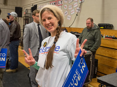 Bernie Sanders (John M Poltrack) Tags: girl politicians supporter bernie volunteer berniesanders feelthebern
