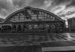 Lime Street Mono (Brian_Gray) Tags: wet rain weather landscape mono cloudy wideangle trainstation tokina1116mm nikond7100