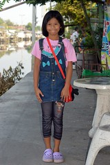 pretty fashionable young lady (the foreign photographer - ) Tags: girl lady portraits thailand nikon pretty bangkok young bang bua fashionable khlong bangkhen d3200