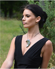 model with conical pearl (Ringcraft Moana) Tags: model photoshoot pearl sideon