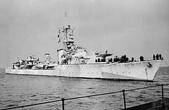 HMCS Athabaskan I (DRGorham) Tags: destroyer hmcs rcn royalcanadiannavy