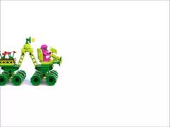 Biotron Inch Worm (David Roberts 01341) Tags: flower power lego space scifi allterrain 8x8 ldd biotron bluerender
