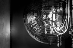 Disco... (J. Pelz) Tags: reflection monochrome canon disco mirror mirrorball blacknwhite bnw
