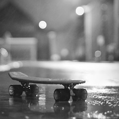 """poly wheel"" (B.Graulus) Tags: street blackandwhite bw monochrome rain night canon vintage toy photography blackwhite play belgium belgique belgië oldschool retro skate skateboard 1970 belgica sk8 straat 600d herent polywheel"