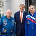 Secretary of State John Kerry Meeting with Astronaut Scott Kelly and Cosmonaut Mikhail Kornienko (NHQ201603240009)