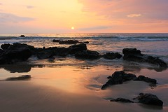 Sunset at Hapuna Beach (Eduardo Ruiz M.) Tags: ocean sunset sea sky cloud beach water rock landscape hawaii coast seaside serenity hawai