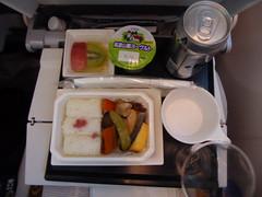 Light meal before arrival (seikinsou) Tags: winter brussels japan airplane tokyo ana spring flight aeroplane tray windowseat dreamliner lightmeal