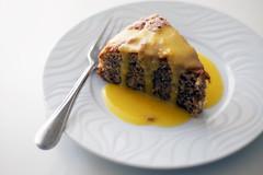 Bolo merengue de amndoa (com molho de maracuj) (Suzana [Gourmets]) Tags: bolo maracuj merengue amndoa gourmetsamadores