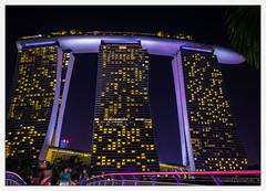 Singapore_01 (Ryszard Domaski) Tags: building architecture singapore buildingstructure buildingcomplex marinabaysands