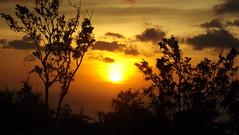 DSCF3896 (lewdsaint) Tags: sunrise aklan nabas