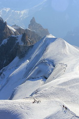 adventurers (Iriwindel) Tags: snow mountains alps frenchalps aiguilledumidi