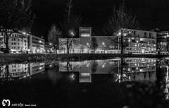 Auditorio Ciudad de Len (ma_rohe) Tags: blackandwhite reflection byn blancoynegro night puddle reflejo puddles nightphotograpy reflejos reflects charco charcos leonesp bnwcaptures
