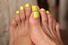 NSMY (IPMT) Tags: color sexy verde green feet yellow club foot toes neon painted polish amarillo barefoot barefeet pedicure mellow toenails shimmer toenail pedi