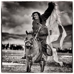 Tibet (siggi.martin) Tags: china horse man men face asia asien gesicht horsemen tibet reiter mann pferd männer horseman facialexpression gesichtsausdruck easterntibet osttibet