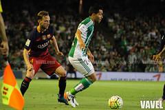 Betis - Barcelona 092 (VAVEL Espaa (www.vavel.com)) Tags: fotos bara rbb fcb petros betis 2016 fotogaleria vavel futbolclubbarcelona primeradivision realbetisbalompie ligabbva rakitic betisvavel barcelonavavel fotosvavel juanignaciolechuga