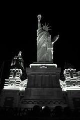 Statue of Liberty replica (s81c) Tags: bw lasvegas nevada bn statueofliberty lasvegasstrip