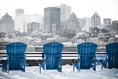 Chaises avec vue (Chairs with a view) (Joanne Levesque) Tags: blue winter urban cityscape montral chairs hiver bleu chaises urbain parcjeandrapeau selectivebw paysageurbain nikond90 nbpartiel fauteuilsadirondack