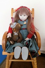 Dolly Shelf Sunday (elletee42) Tags: bear doll beth 1991 porcelain roche balljointed artistteddybear nadiasuvorova lynneandmichaelroche smallbeth
