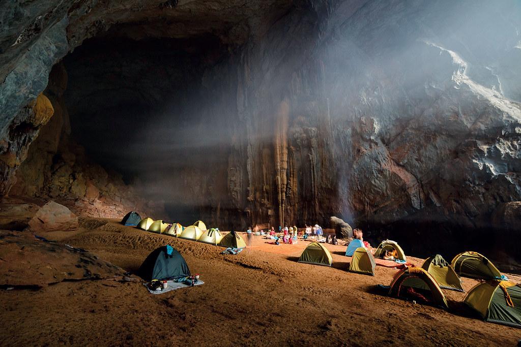 cắm trại ở hang Én