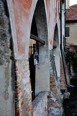 Treviso portici (carlessomario) Tags: arte fiume acqua canale treviso città veneto