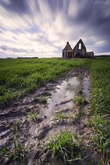 Rural exodus (David TAPIN Photographie) Tags: longexposure france canon ruine ciel nd normandie nuages 1740mm abandonne champ eure 6d lep verneuilsuravre leefilter bigstopper piseux