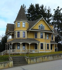 This spectacular old home is a designated Heritage Building in Vernon BC (tonywild241) Tags: street old house canada building heritage history architecture landscape cityscape outdoor britishcolumbia townscape heritagebuilding mostviewed vernonbc okanaganbc