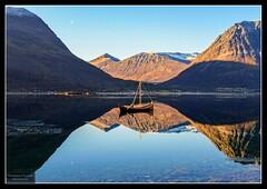 Autumn reflextions (Torbjrn Tiller) Tags: reflextion hst ullsfjord refleksjon nordlandsbt sjursnes