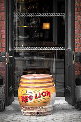 66/366 The Red Lion - 366 Project 2 - 2016 (dorsetpeach) Tags: red england march pub barrel lion dorset 365 weymouth theredlion 2016 366 aphotoadayforayear hopesquare 366project second365project