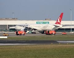 Turkish Airlines           Boeing 777                       TC-JJL (Flame1958) Tags: boeing emergency 777 dub turkish dublinairport 0316 boeing777 2016 b777 dfb turkishairlines eidw tk33 170316 airportfireandrescue tcjjl thy33 turkishb777 turkishflight33 flightemergency