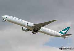 B-KPM | Cathay Pacific | Boeing 777-300ER (Lindzze Scott) Tags: london heathrow aviation boeing departure esso takeoff cathay heathrowairport cathaypacific boeing777 londonheathrow boeing777300 777300er newcolours avgeek aviationphotography avgirl 27l bkpm apronmedia lindzzescott