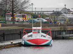 Sock Monkey boat (Nekoglyph) Tags: white green water face mouth river boat dock eyes sockmonkey teesside tees fireengines barcheboats