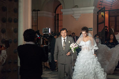 Peruvian Wedding, Downtown Lima, Per (takasphoto.com) Tags: trip travel viaje vacation peru southamerica america photography highlands nikon lima earth streetphotography per transportation andes viagem  americas andean southernhemisphere quechua andesmountains travelphotography  amricadelsur  westernhemisphere    incaempire photographiederue   d5000 gatufotografi  piruw      cropsensor precolumbianamerica republicofperu repblicadelper strasenfotografie       nikond5000  d5000  andeancities