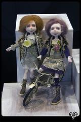 Rosa and Lila (ViKisART) Tags: dolls handmade ooak bjd artdoll puppen dollmaking кукла polyamide unikat künstlerpuppe шарнирнаякукла авторскаякукла