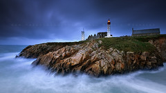 Turbulence (FredConcha) Tags: light lighthouse france night landscape bretagne cliffs farol finistere bretanha pointesaintmathieu nikond800 fredconcha