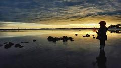 La petite fille et la mer #2 (carolinefantino) Tags: ocean sunset 2 contrast landscape sundown ciel blacklight lowtide paysage extrieur contrejour coucherdesoleil rivage mare marebasse