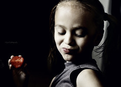Delicious Strawberry (Sigrun Saemundsdottir) Tags: portrait food cute face childhood closeup fruit kids youth children happy kid hands strawberry child hand sweet eating young strawberries deliciousfruit childeatingstrawberry handbyface sigrunsaemundsdottirphotography childeatingfruit