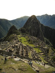 Midday in Machu Picchu, Peru (Sebastian Rode) Tags: world road wood trip travel trees light sunset vacation plants cloud sun holiday plant color colour tree peru southamerica nature colors machu picchu clouds america forest sunrise landscape outside photography lights golden photo woods nikon colorful colours foto fotografie image lima photos outdoor earth cusco south natur roadtrip journey coolpix andes colourful traveling machupicchu forests tb goldenhour throwback huaynapicchu huayna goldenlight p7000 outdoorphotography throwbackthursday coolpixp7000