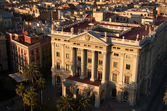 Goverment Building Barcelona (Tom Jeck) Tags: barcelona city sunset sun harbor spain europe military column ramblas goverment gotic sule 1888 kolumbus miradordecolom kolumbussule