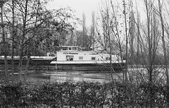 Heinz Hofmann (Wechselsack (formerly n95lover)) Tags: river ship main rivermain