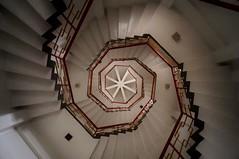 Gorges de Taroko - temple de Hsiangte 6 (luco*) Tags: park stairs de temple taiwan national gorges taroko parc escalier intérieur spirale pagode tienhsiang hsiangte flickraward flickraward5 flickrawardgallery taîwan